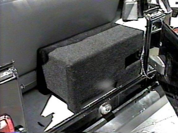 Diy 12 Quot Downfiring Instatrunk Sub Box Jeepforum Com